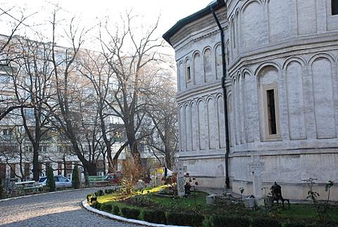 2-dec-manastirea-radu-voda-6